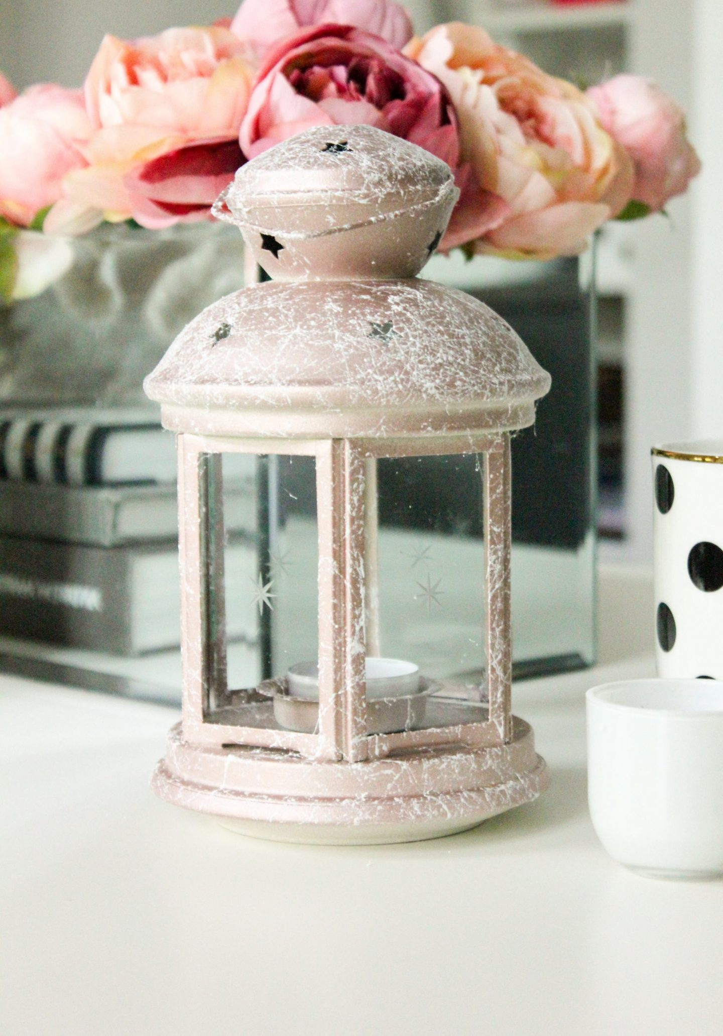 DIY PROJECTS TO PUT THE PERSONAL INTO YOUR WEDDING DECOR