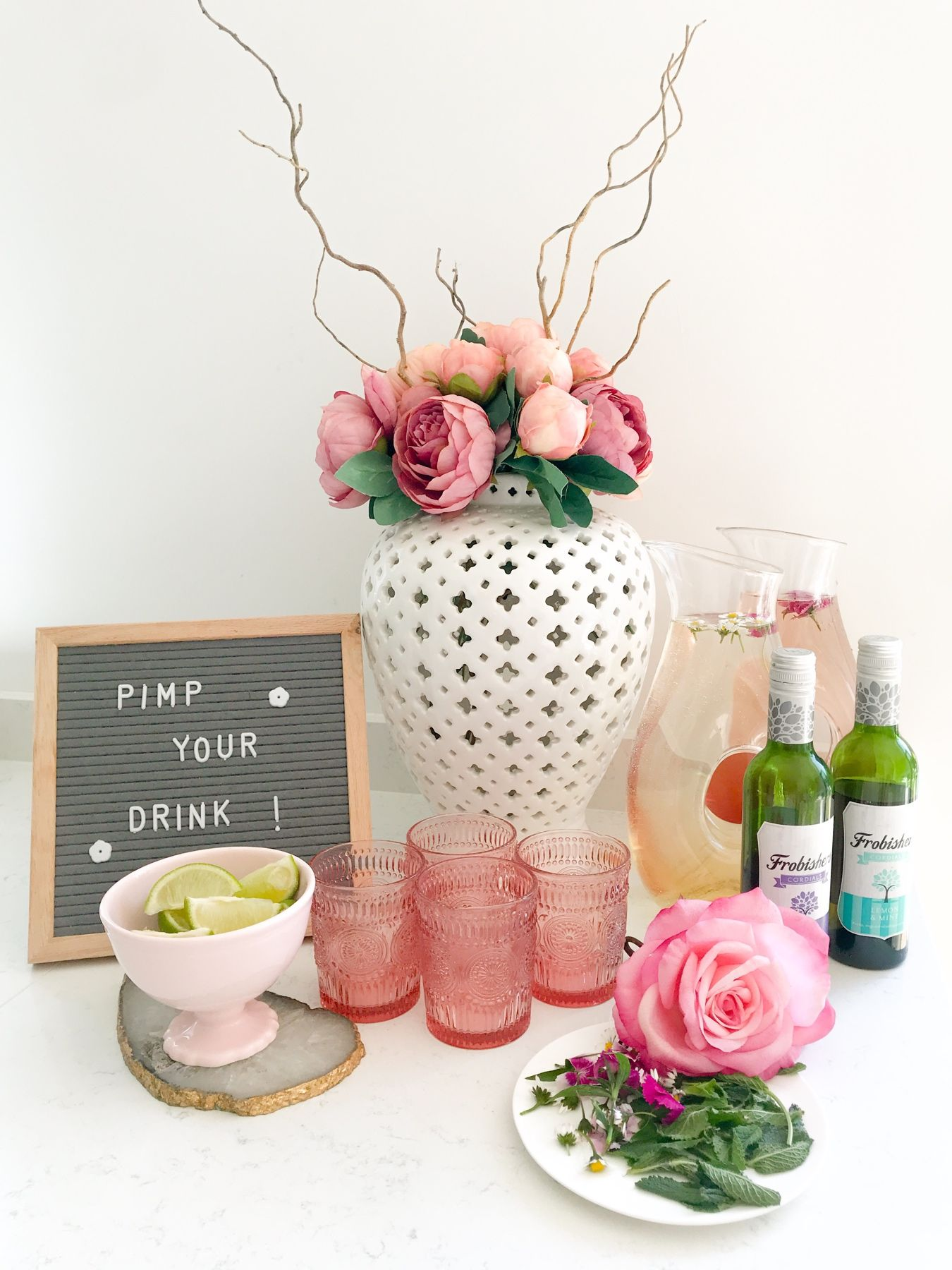 10 TOP TIPS FOR SUMMER ENTERTAINING