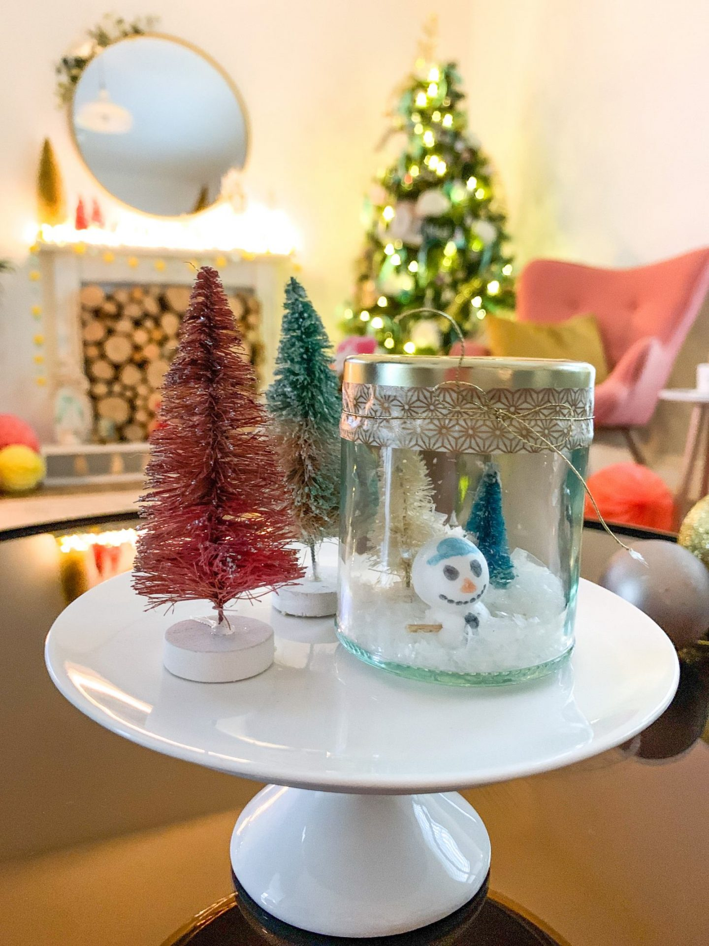 DIY SNOW GLOBE KIDS CHRISTMAS CRAFT