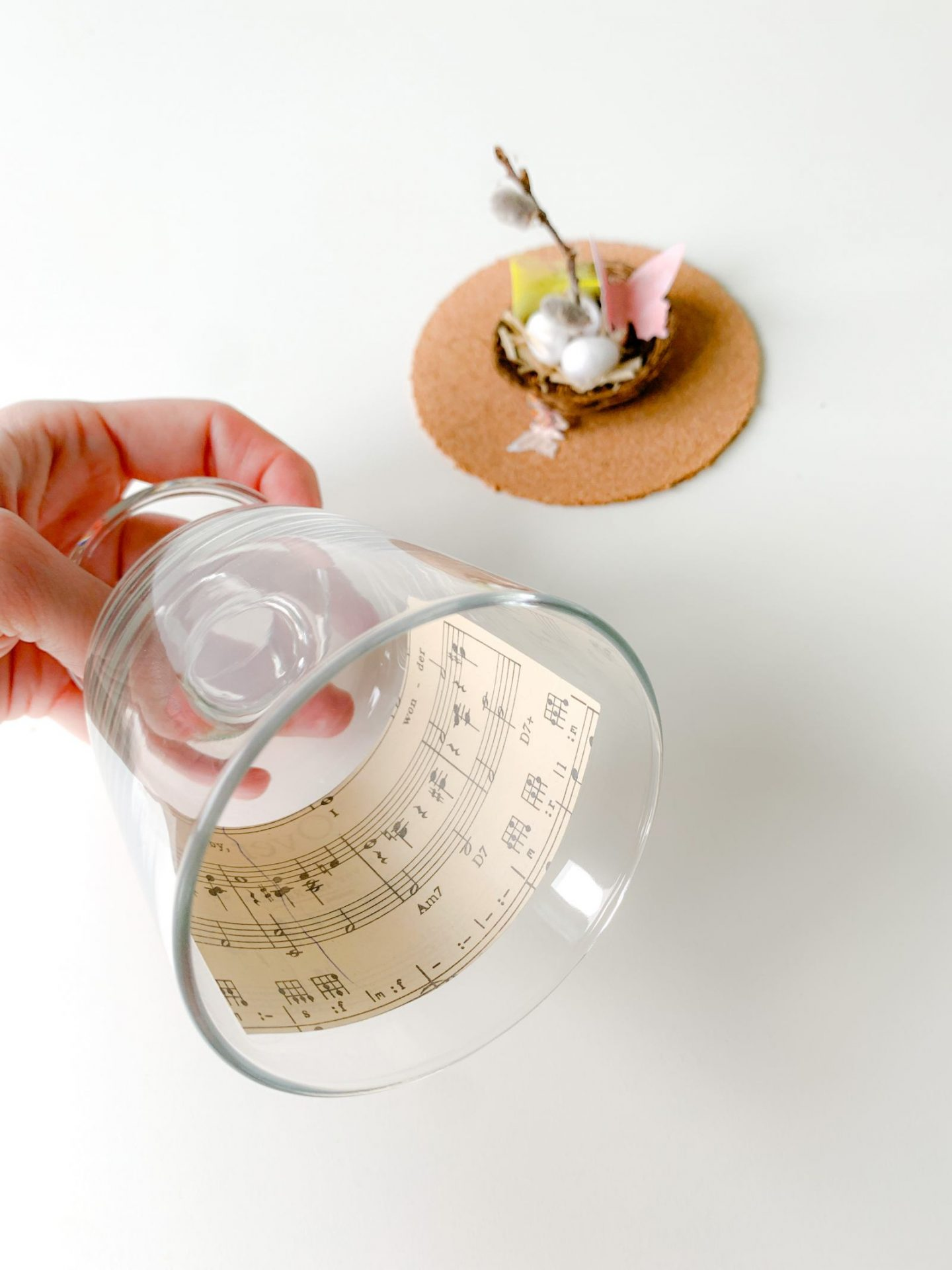 DIY WINE GLASS EASTER CLOCHE