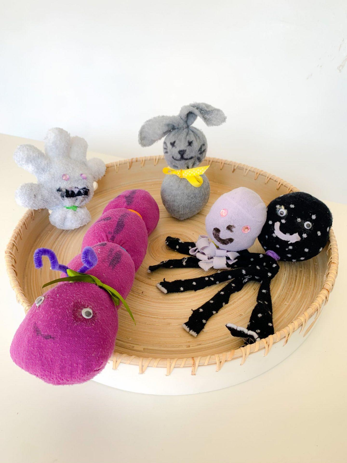 DIY NO SEW SOCK ANIMALS KIDS' CRAFT
