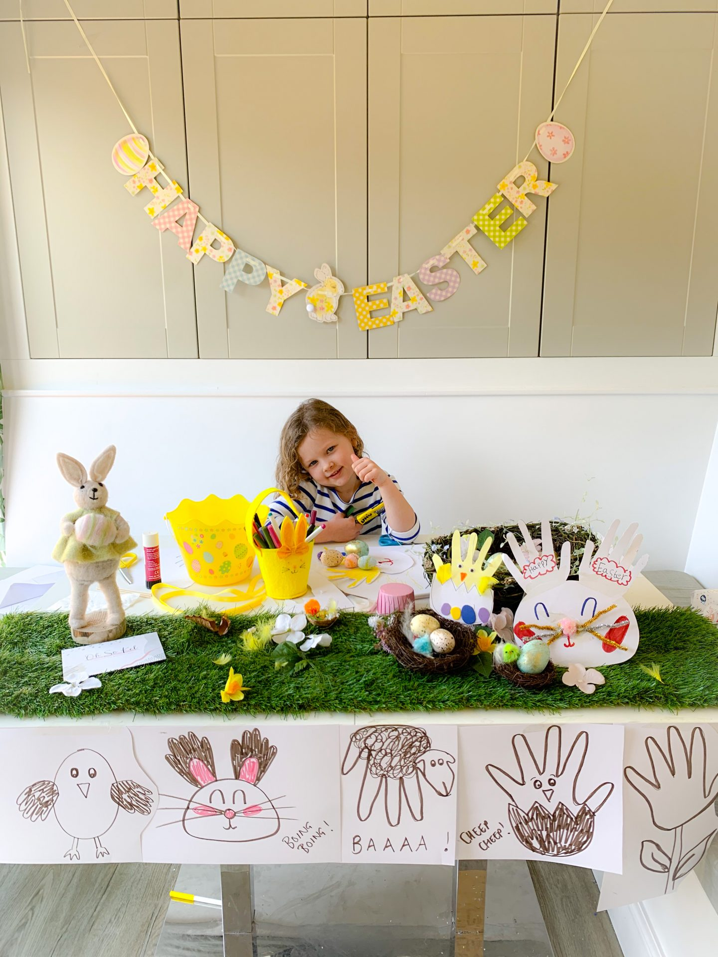 DIY HANDPRINT EASTER CARDS