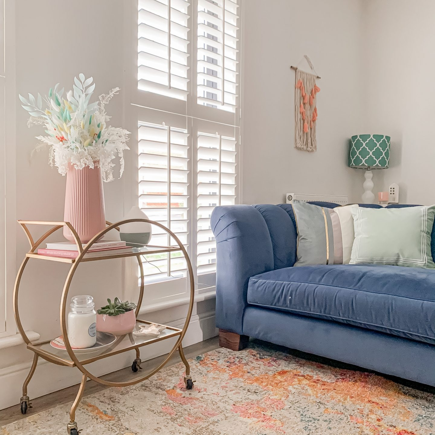 5 EASY WAYS TO ADD SPRING TOUCHES TO YOUR HOME