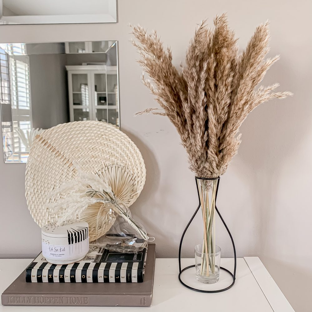 FLUFFY TAUPE PAMPAS BUNCH