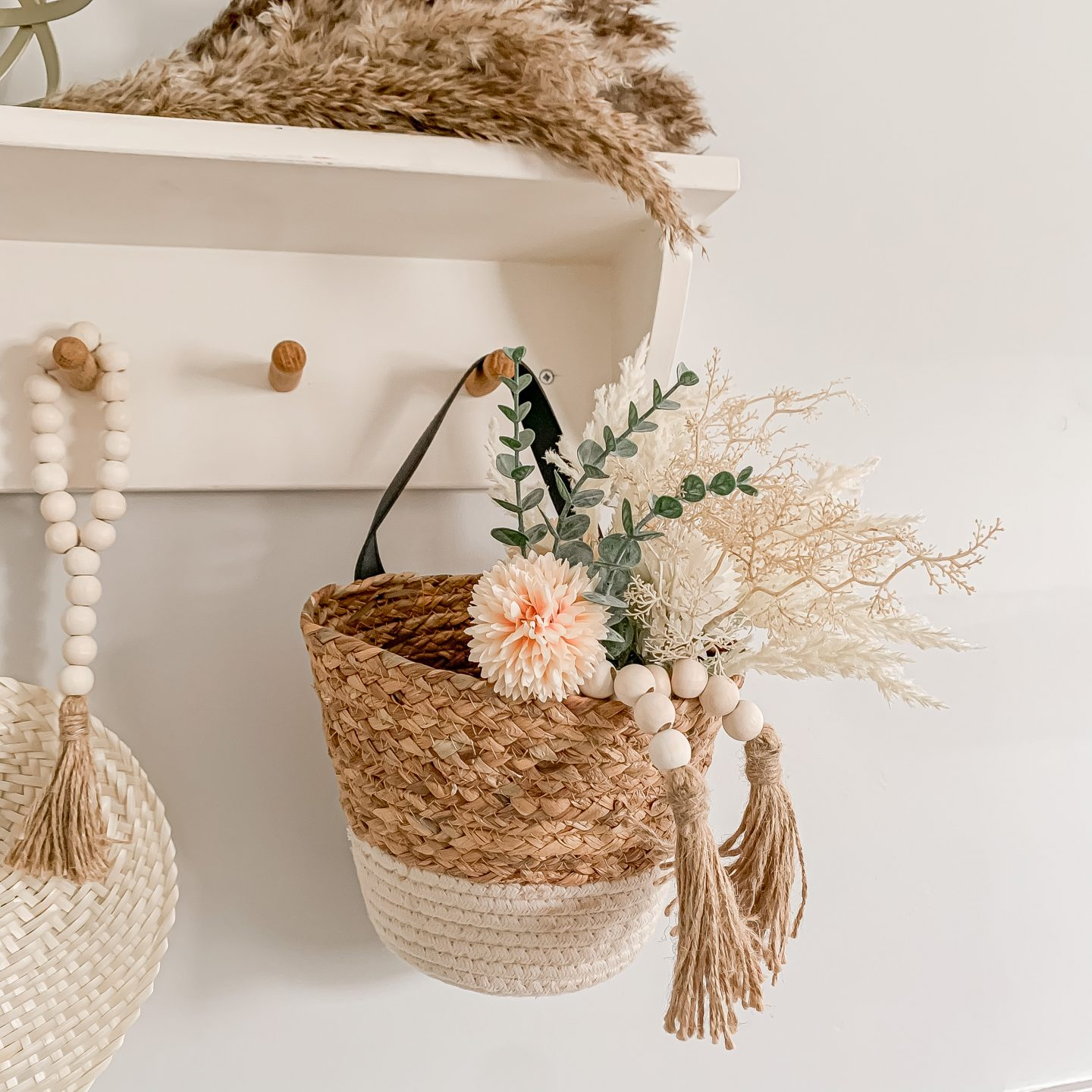 6 WAYS TO STYLE OUR BOHO PAMPAS BUNCHES