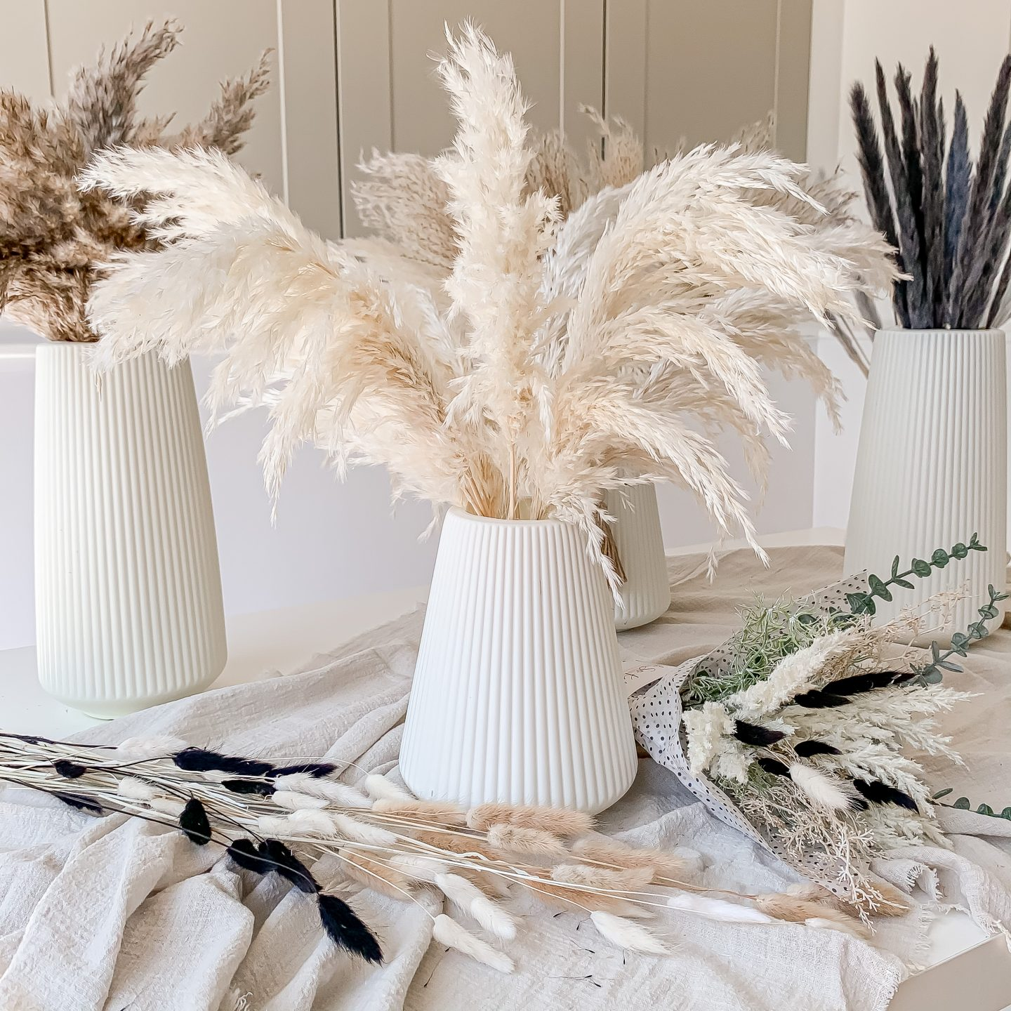 HOW TO CARE FOR DRIED PAMPAS GRASS