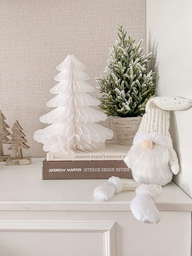 CHRISTMAS SPARKLY SCANDI GONK IVORY