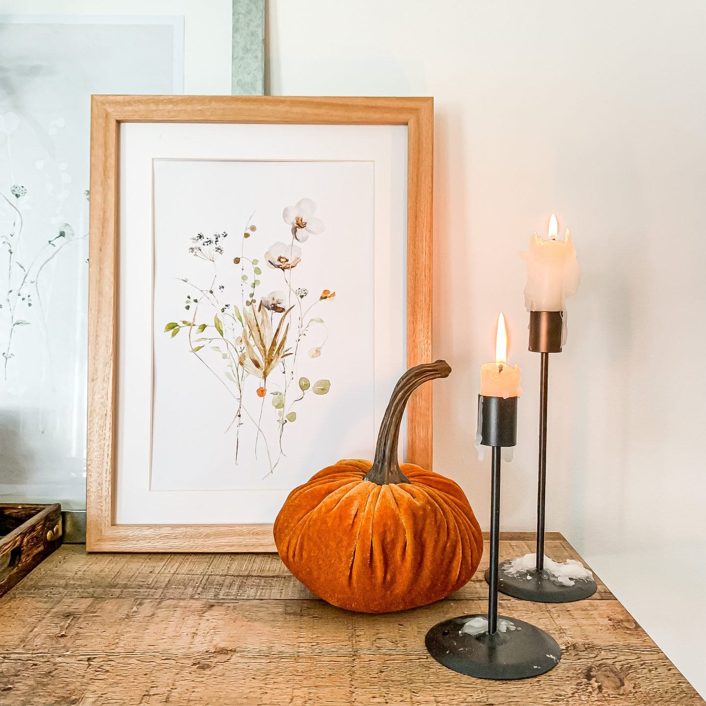 HOW TO BRING AUTUMN VIBES INTO YOUR HOME